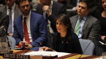Washington a alors donné 90 jours à la Russie pour déclarer qu'elle n'utilise plus d'armes chimiques ou biologiques.