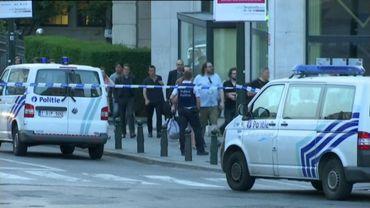 Panique dans le centre de Bruxelles, un homme abattu, la gare centrale évacuée (suivez notre direct)