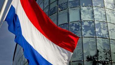 Les magasins de plusieurs villes néerlandaises ferment plus tôt leurs portes à cause d'une forte affluence (de Belges)