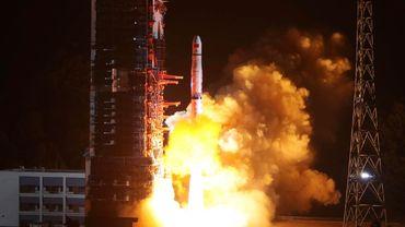 Un premier exemplaire devrait d'abord être envoyé dans l'espace, suivi en cas de réussite de trois autres en 2022