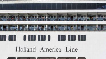 Coronavirus: le croisiériste Holland America craint de nouveaux décès si ses navires restent en mer