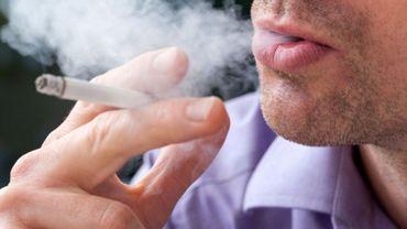 """""""Fumer à tout prix"""" – Le livre de Marianne Wéry"""