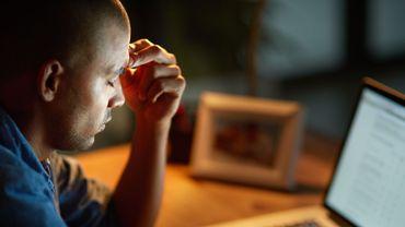 """Le burn-out, toujours pas reconnu comme """"maladie"""" par l'OMS"""