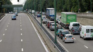 On enregistreplus d' une heure de retard sur le tronçon Léonard/Haut-Ittre.