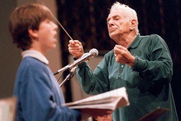 La passion de la transmission est forte chez Bernstein. Photo prise à Varsovie en 1989 lors d'une répétition