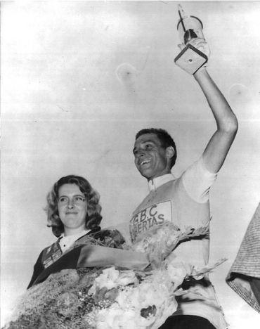 Rik Van Looy après sa victoire dans la 8ème étape du Tour 1963 (Limoges-Bordeaux)