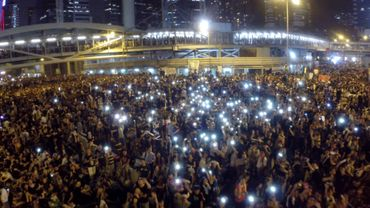 """Millenium Festival : """"Levante !"""""""