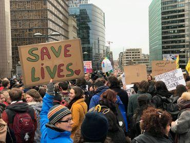 Bruxelles: manifestation de soutien aux migrants, à l'initiative d'une dizaine d'ONG - © Ghizlane Kounda