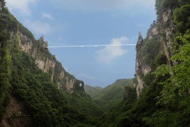 Zhangjiajie Grand Canyon Glass Bridge, la passerelle de verre du grand canyon de Zhangjiajie