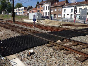 "Des tapis ""anti-trespassing"" seront installés dans 100 gares"