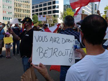 Manifestation à Beyrouth, le 9 août 2020, peu après l'explosion au port.