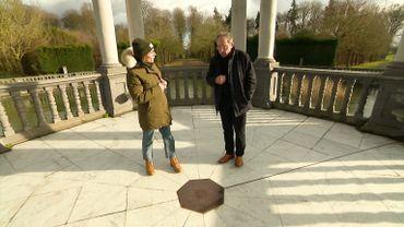 Armelle, avec Jean -Louis Van den Eynde, qui dévoile  les secrets du pavillon des 7 étoiles.