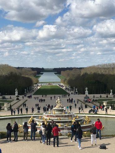 Les Grandes Eaux attirent chaque année des dizaines de milliers de visiteurs à Versailles.