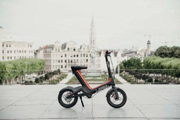 On a testé les Wheels : des mini-vélos électriques sans pédale