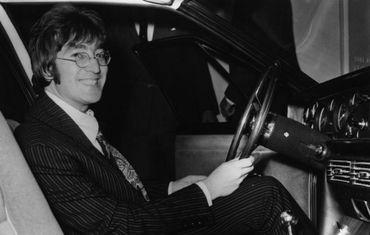 La Rolls Royce psyché de Lennon en expo