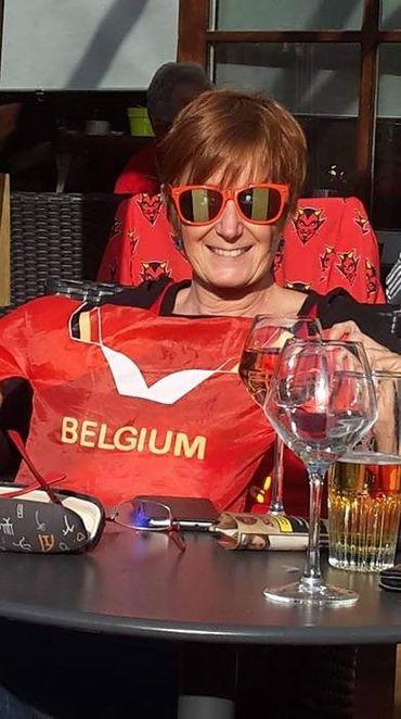 A quelques heures du match Belgique-France, les supporters des Diables se préparent