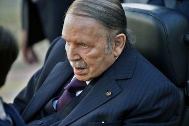 Abdelaziz Bouteflika, 81 ans, briguera un cinquième mandat à la tête de l'Algérie. Il a annoncé sa candidature à la présidentielle du 18 avril par voie de communiqué.