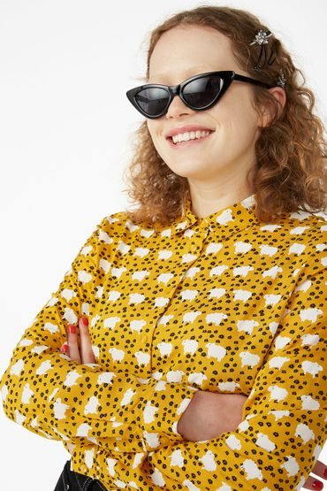 Sheep and flower print blouse - €20