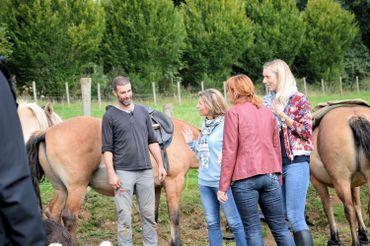Hippothérapie et équitation adaptée dans un cadre unique et un climat familial