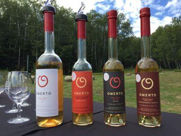 Pascal Miche propose un vin sec et un vin moelleux. Il développe aussi du vin qui vieillit en barrique pour lui amener d'autres saveurs.