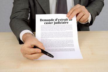 """Réinsertion des ex-détenus : """"J'ai falsifié mon certificat de bonne vie et moeurs!"""""""
