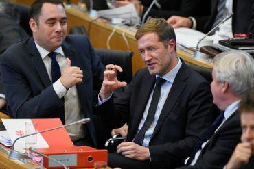 Maxime Prevot, Paul Magnette et Jean-Claude Marcourt au Parlement de Wallonie
