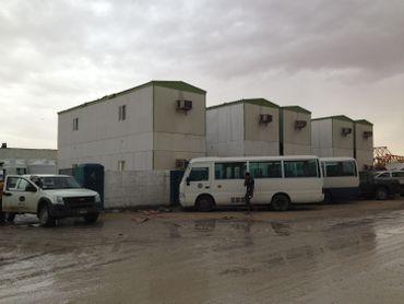 Loin du luxe de la capitale Doha, le Qatar ce sont aussi ces vieux baraquements pour ouvriers étrangers