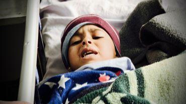 Une petite fille sans identité et sans famille. Cela fait plusieurs jours qu'elle est à l'hôpital.