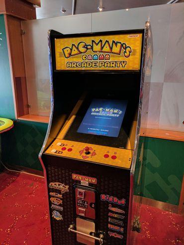 Une console Pac Man