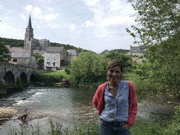 La commune tire son nom d'une des rivières qui la traversent: le Viroin, que les amateurs de kayak aiment descendre à la belle saison