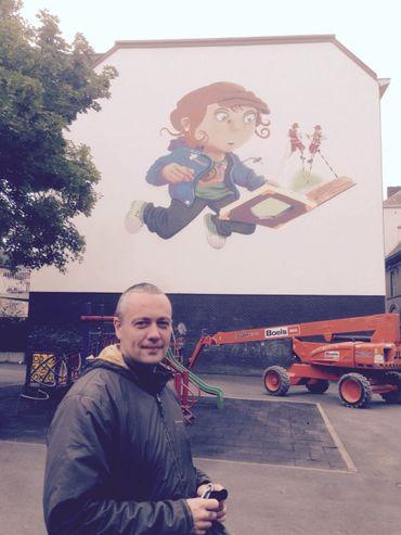 C'est la première fois que l'artiste Sébastien Limbourg alias Kahef travaille sur une fresque d'une telle ampleur.