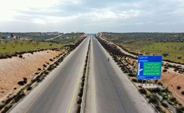 Autoroute A4, vide, près d'Ariha, dans la province d'Idleb, le 12 mars 2020