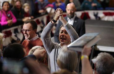 Gay, chrétien et vétéran d'Afghanistan, qui est Pete Buttigieg, le candidat démocrate surprise anti-Trump