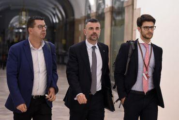 Le ministre catalan Santi Vila (au centre), ce jeudi 26 octobre