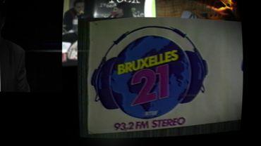 """Logo de la radio """"Bruxelles 21"""""""