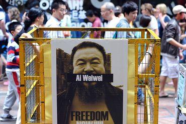 Lors de son arrestation en 2011 de nombreuses voix s'étaient élevées afin que le plasticien soit libéré au plus vite.