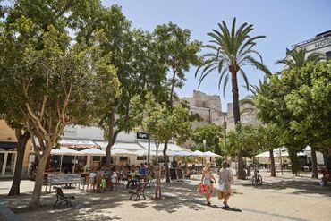 Coronavirus à Ibiza: tranquillité inédite et détresse économique dans la célèbre station balnéaire