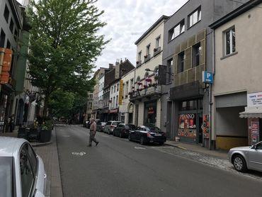 """Dans la """"petite Anatolie"""", quartier à cheval sur Saint-Josse et Schaerbeek, le lien reste fort entre les habitants belgo-turcs et leur pays d'origine."""