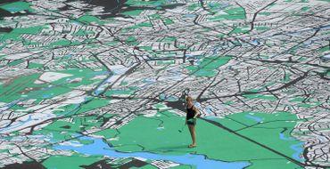 Une artiste a peint une énorme carte de Berlin, en 2012