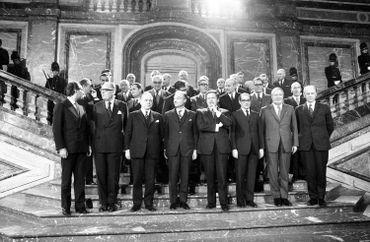 Photo de famille après la signature du traité d'adhésion