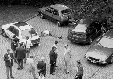 18 juillet 1991, André Cools gît, assassiné par balle, sur un parking liégeois