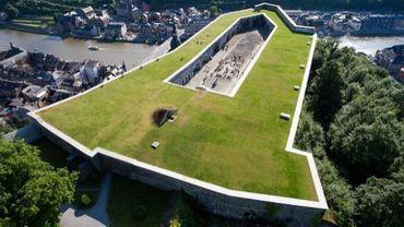 La citadelle de Dinant a été édifiée en 1818, sur l'emplacement d'un fort démantelé construit par Vauban