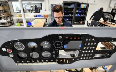 Sonaca Aircraft inaugure son hall d'assemblage à l'aérodrome de Temploux