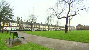 Londres: bébé retrouvé dans un parc par un froid polaire