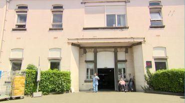 L'unité de revalidation COVID à Brugmann se trouve au 2ème étage de ce bâtiment.