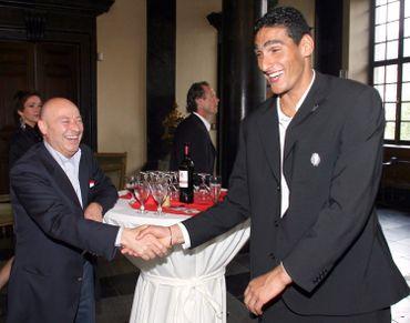 Lucien D'Onofrio et Marouane Fellaini en 2007