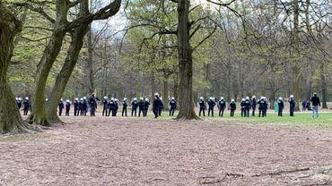 Cordon policier au bois de la Cambre
