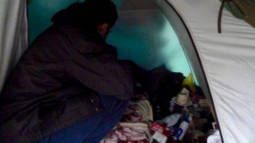 Kouroch nous montre sa tente.