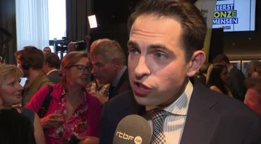 Tom Van Grieken, président du Vlaams Belang, au micro de la RTBF