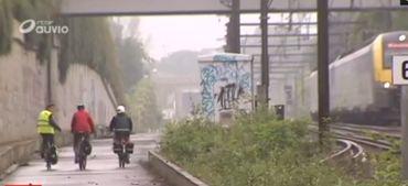 Circuler à vélo le long du RER? Infrabel menace un blogueur